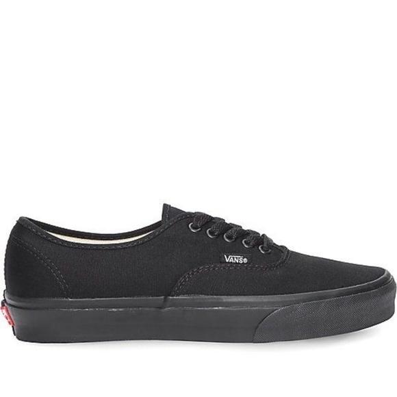 857da08e87e9af Vans Authentic All Black Skate Shoes Men s Sz 11. M 5b68cc12194dad98f7dec819